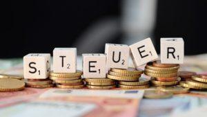 Read more about the article Zehn Last-Minute-Tipps vor dem 31. Dezember, mit denen sich später eine höhere Steuererstattung beim Finanzamt herausholen lässt.
