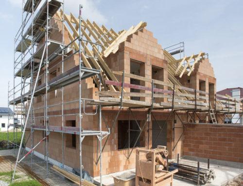 Private Helfer auf der Baustelle: Das gilt beim Unfallschutz